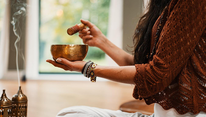 Special Announcement: Sacred Stream's Laura Chandler Featured in Redfin Article: Why Your Home Doesn't Feel Zen and How to Fix It, According to Experts